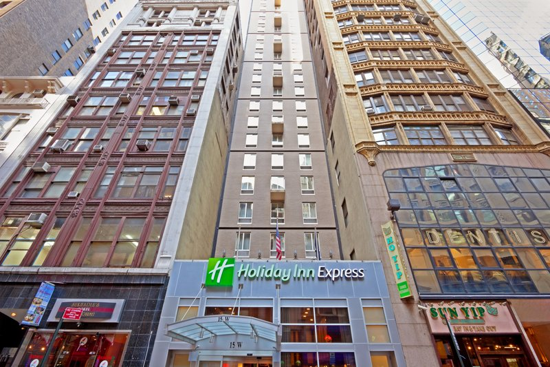 Holiday Inn Express New York Midtown Fifth Ave Buitenaanzicht