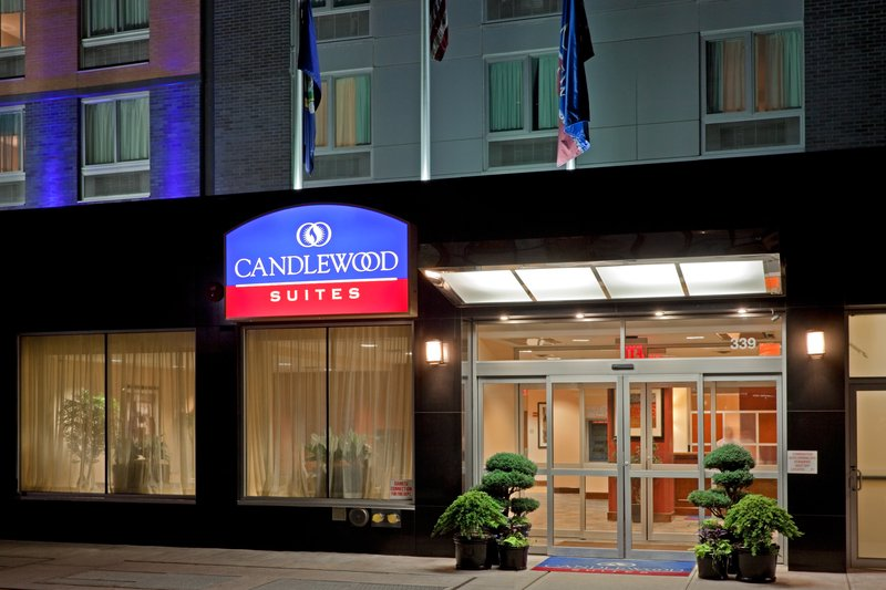 book the candlewood suites new york city times square in. Black Bedroom Furniture Sets. Home Design Ideas