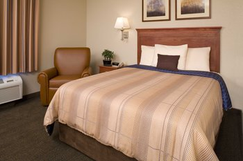 Candlewood Suites Medical Center - Room