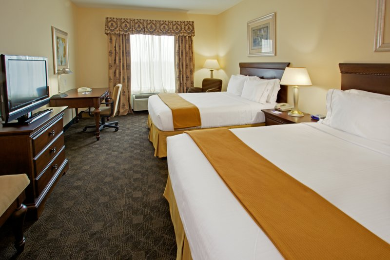 Holiday Inn Express & Suites PEARLAND - Pearland, TX