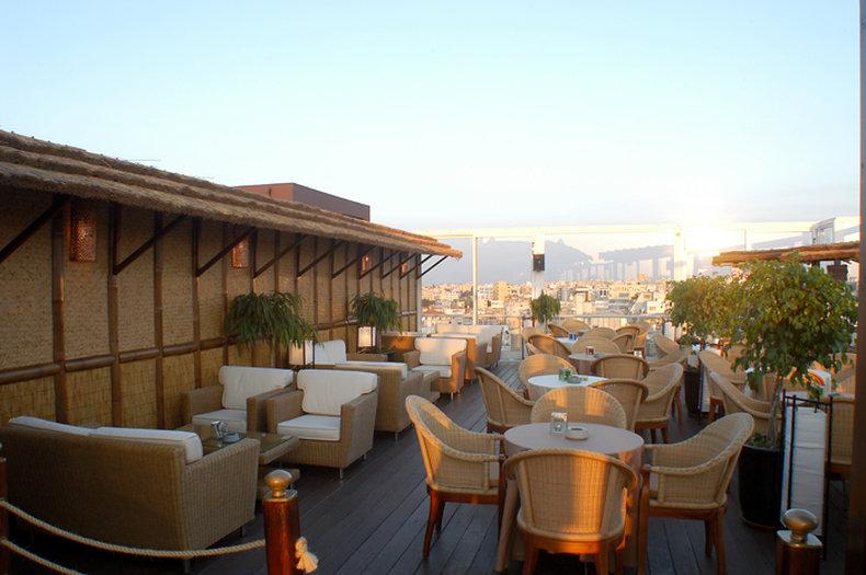 Holiday Inn Nicosia City Centre Bar/Lounge
