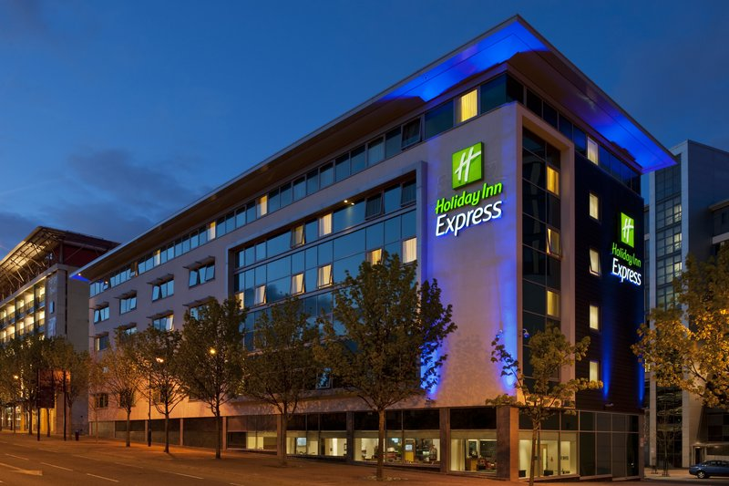 Holiday Inn Express Newcastle City Centre 外観