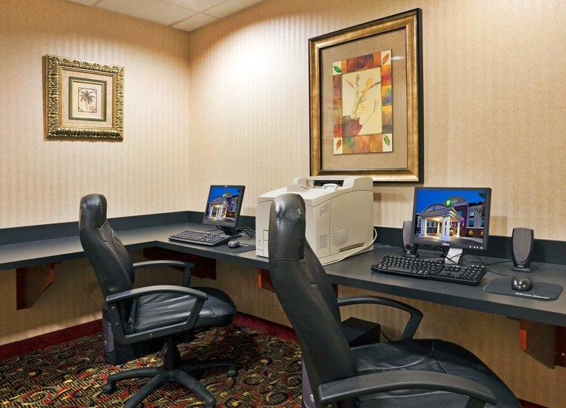 Holiday Inn Express Hotel & Suites Harriman Muuta