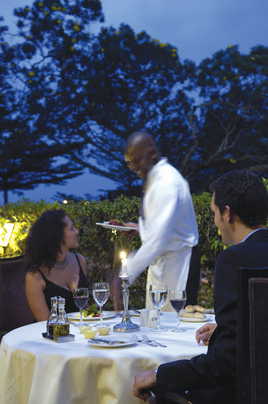InterContinental Nairobi Gastronomía