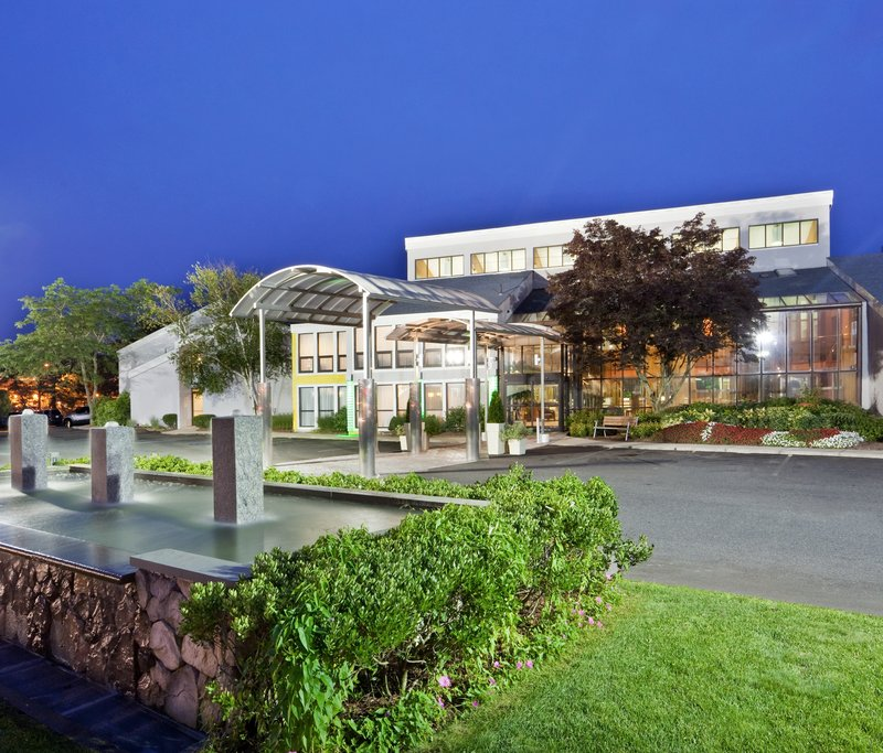 Holiday Inn Cape Cod - Hyannis