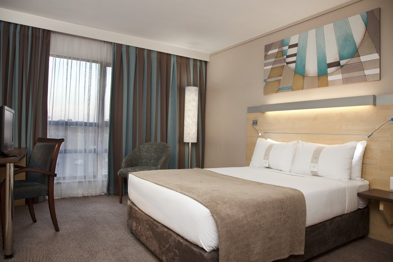Holiday Inn Express Woodmead 客房视图