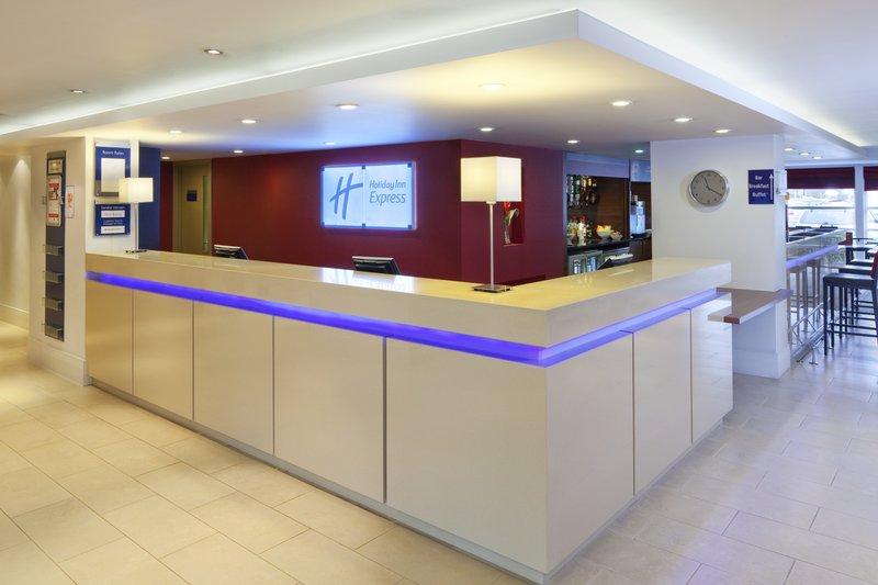 Holiday Inn Express Milton Keynes Aula