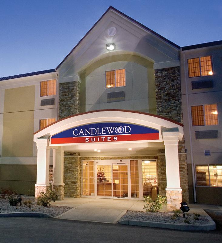 Candlewood Suites Milwaukee N-Brown Deer/Mequon Vista exterior