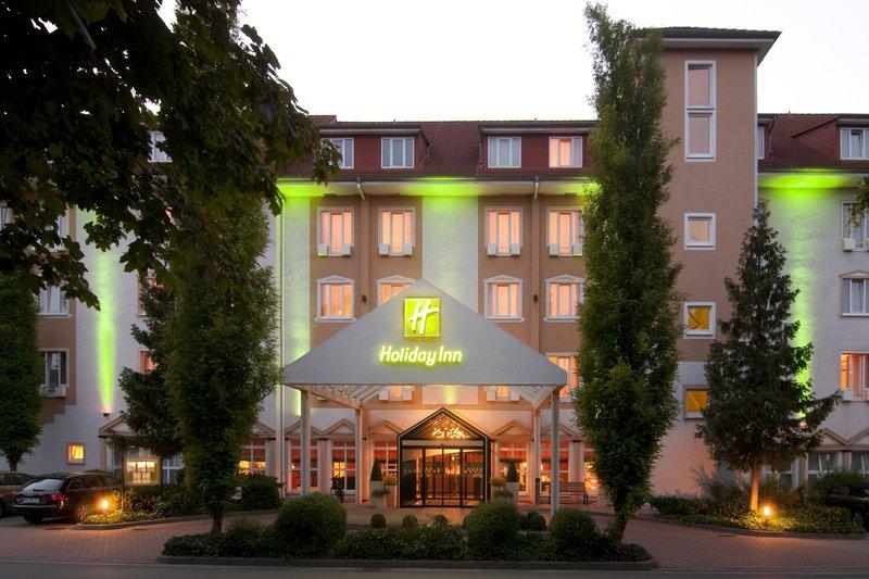 Holiday Inn Minden Exterior view