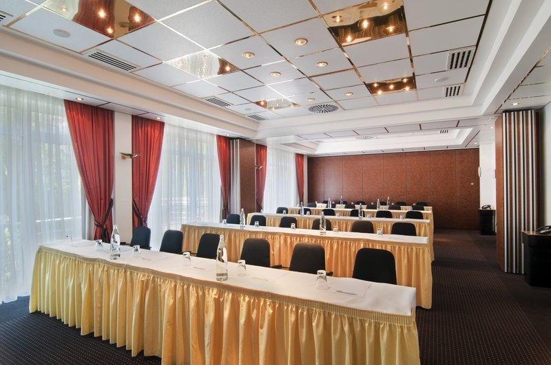 Holiday Inn Minden Sala de conferências