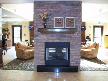 Staybridge Suites - Lobby