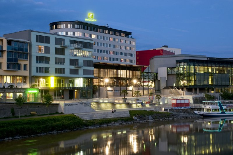 Holiday Inn Villach Set udefra