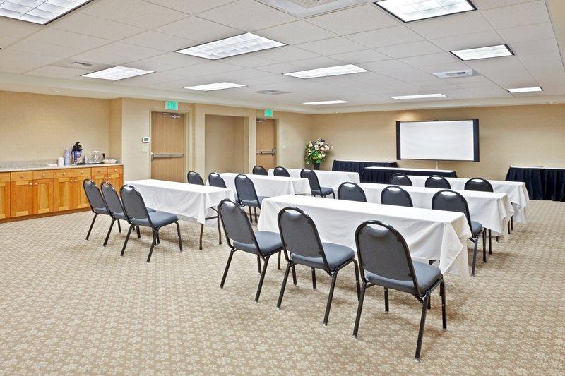 Holiday Inn Express & Suites LACEY - Tenino, WA
