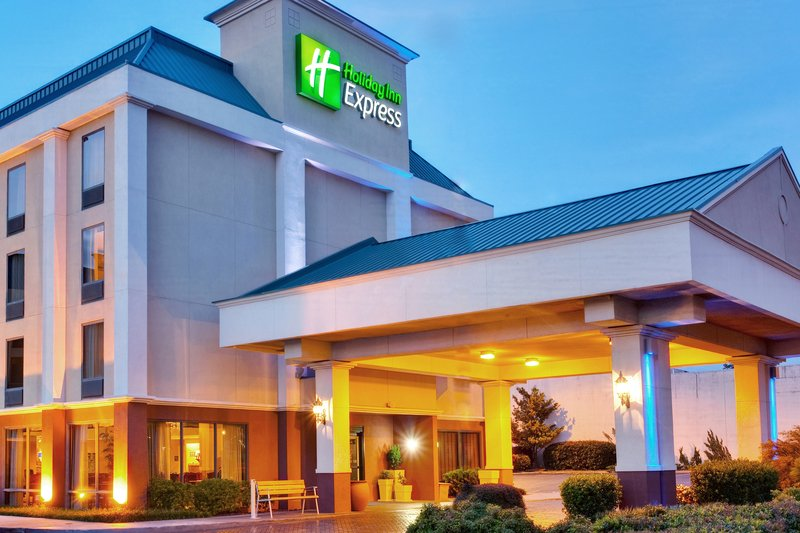 Holiday Inn Express Memphis Medical Center Midtown 外観
