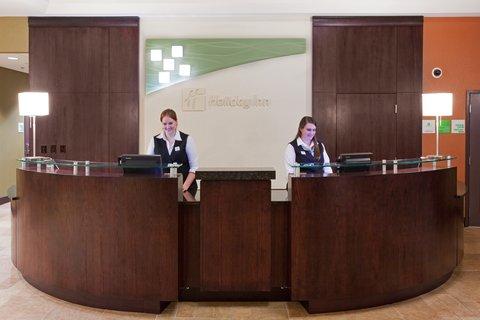 Holiday Inn Hotel & Suites DENVER AIRPORT - Hotel Front Desk