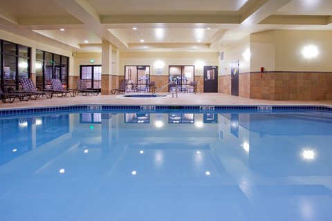 Holiday Inn Hotel & Suites DENVER AIRPORT - Indoor Swimming Pool--Open 24HRS