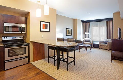 Holiday Inn Hotel & Suites DENVER AIRPORT - Junior Suite-Kitchen And Living Room View Near DIA