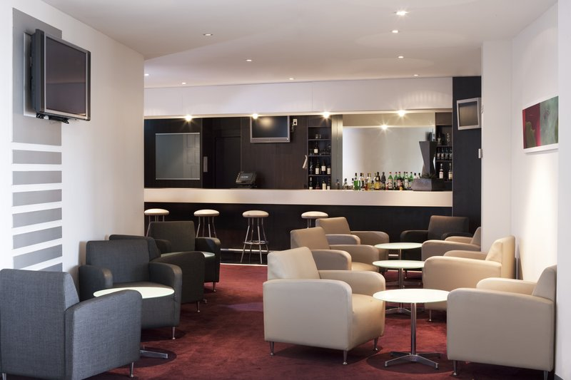 Holiday Inn Melbourne Airport Bar/Lounge