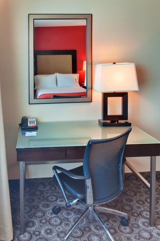 Holiday Inn Express LOS ANGELES - LAX AIRPORT - Pollock Pines, CA