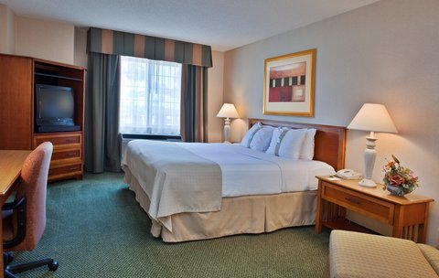 Holiday Inn Anaheim Resort - Forget something    Visit the 24 hour gift shop