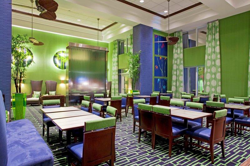 Holiday Inn Express Hotel & Suites Orlando - Apopka Gastronomi