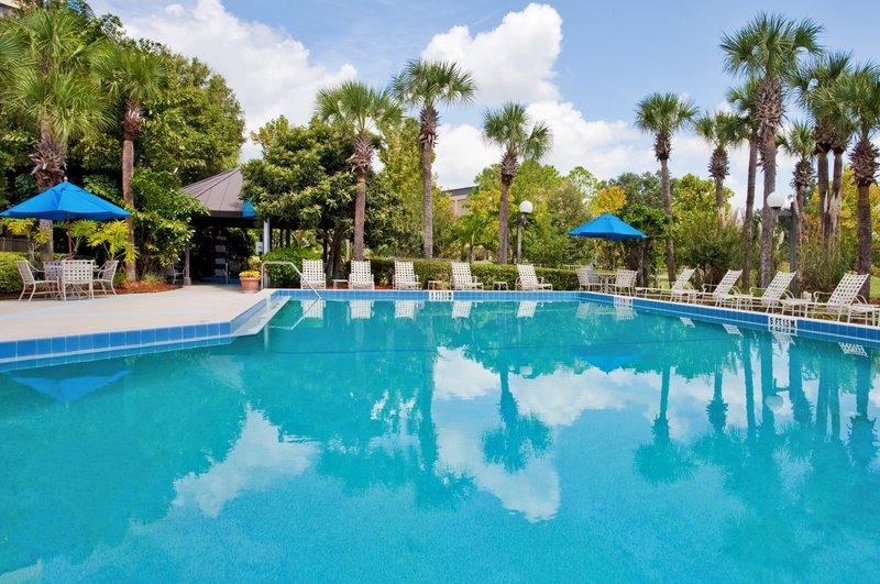 Holiday Inn Select Orlando-International Airport Vista della piscina