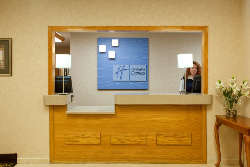 Holiday Inn Express LINCOLN - Lincoln, IL