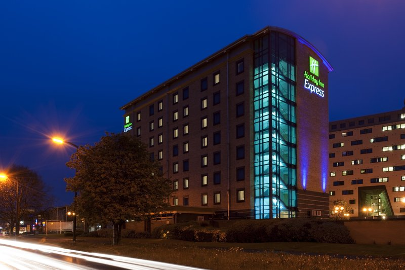 Holiday Inn Express Leeds City Centre Fasad