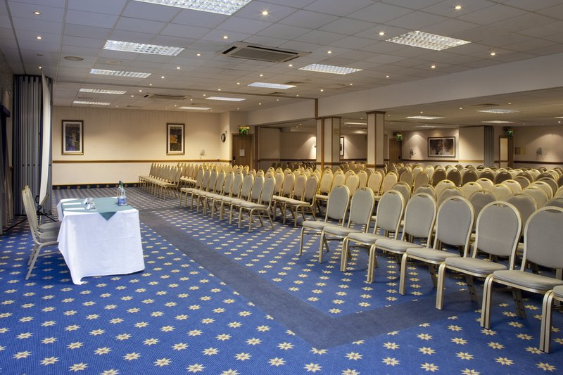 Holiday Inn Leeds-Garforth Konferenční sál