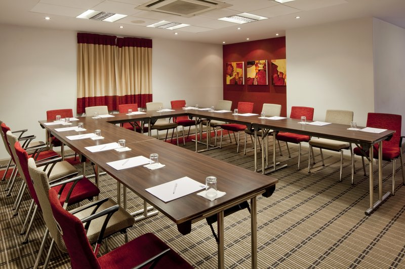 Holiday Inn Express Manchester-Salford Quays Meeting room