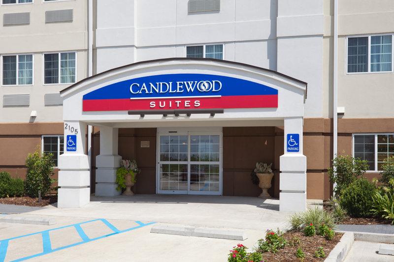 Candlewood Suites Lafayette La River Ranch Außenansicht