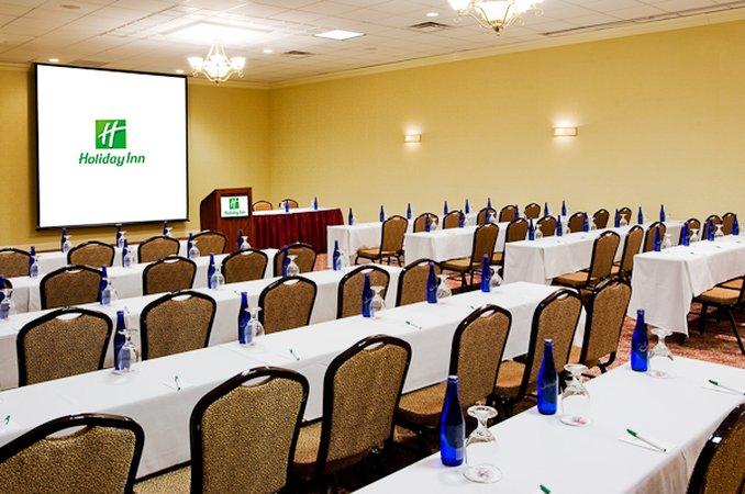 Holiday Inn Hotel & Suites Marlborough Salle de conférence