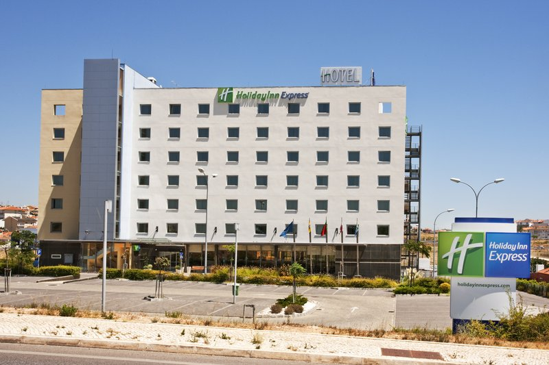 Holiday Inn Express Lisbon-Oeiras Exterior view