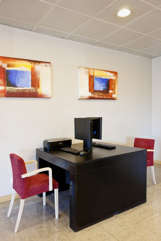 Holiday Inn Express Lisbon-Oeiras Miscellaneous