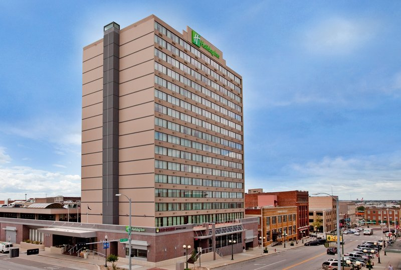 Holiday Inn  Lincoln-Downtown 外景