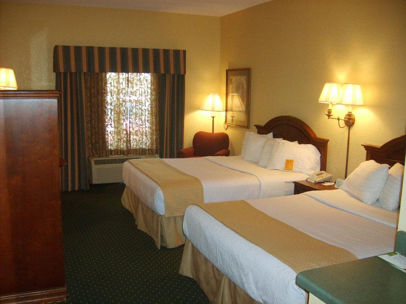 Holiday Inn Hotel & Suites LA CROSSE - Hillsboro, WI
