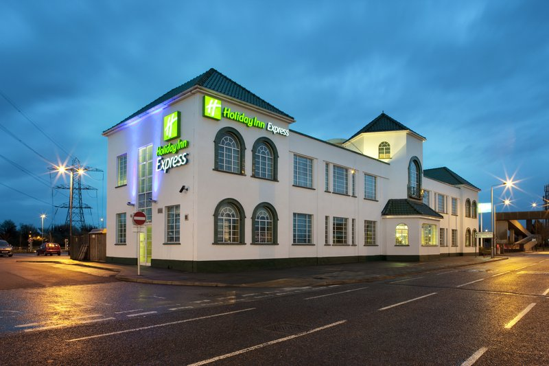 Holiday Inn Express London Chingford-N Circular 外景