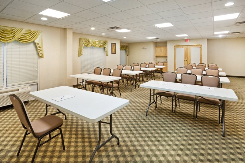 Holiday Inn Express & Suites LONDON - London, KY