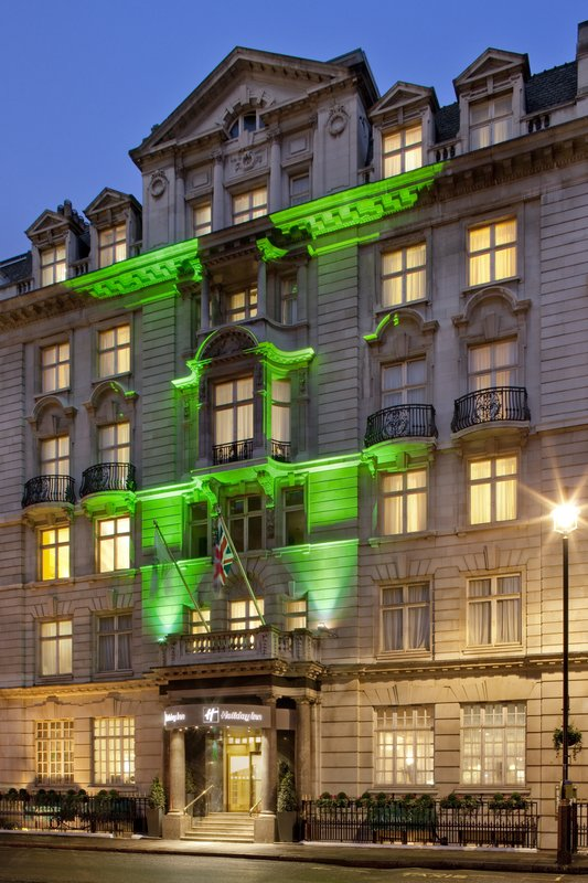 Holiday Inn London-Oxford Circus Buitenaanzicht