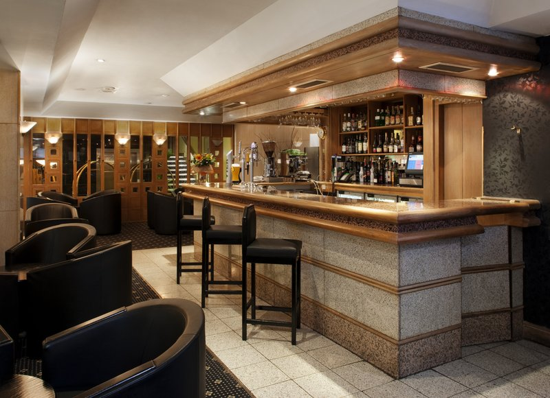 Holiday Inn London-Oxford Circus Bar/lounge