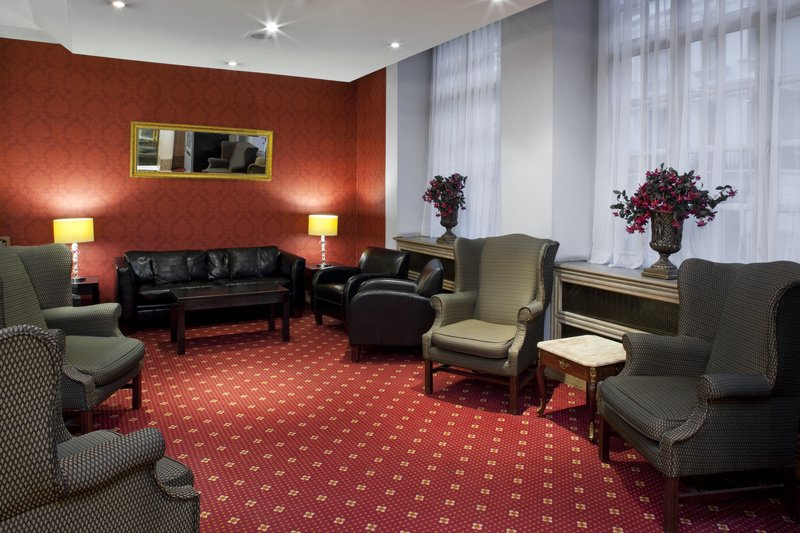 Holiday Inn London-Oxford Circus Lobby