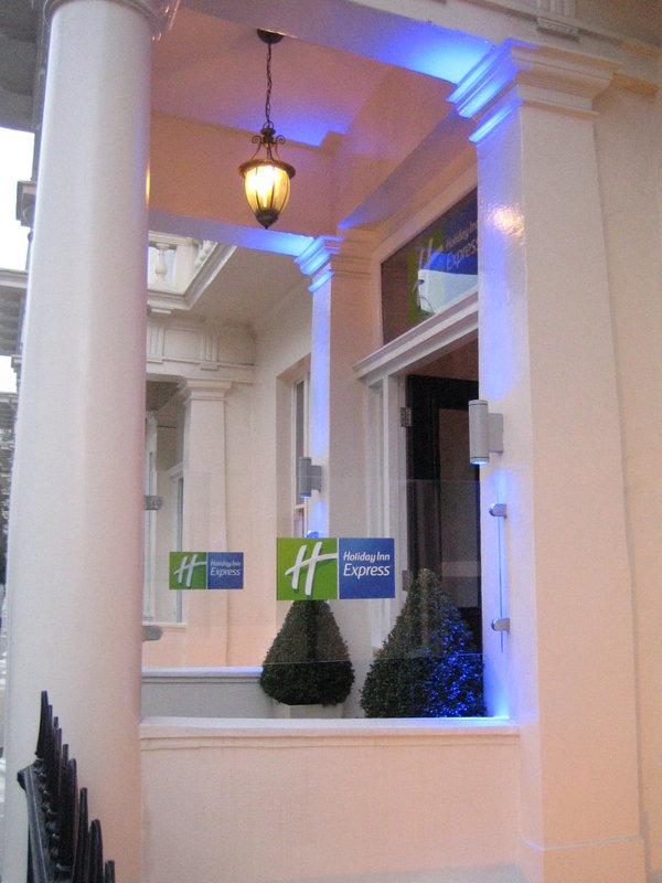 Holiday Inn Express London-Victoria Vista esterna