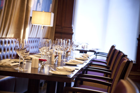 ذا غروفنور - Brasserie Dining
