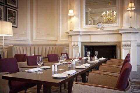 ذا غروفنور - Brasserie Lounge