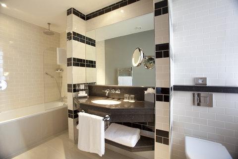 ذا غروفنور - Deluxe Bathroom
