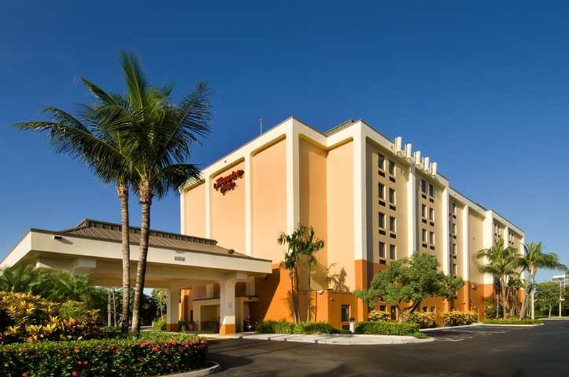 Hampton Inn Miami-Airport/West Vista esterna