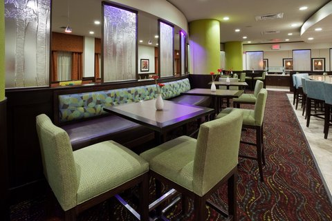 Crowne Plaza ANCHORAGE-MIDTOWN - Bar and Lounge and JUNO