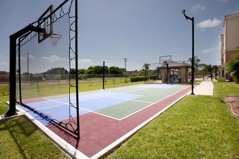 Staybridge Suites BROWNSVILLE - Basketball Court