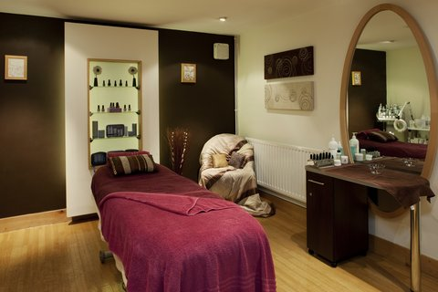 Holiday Inn GLOUCESTER - CHELTENHAM - Beauty treatments available