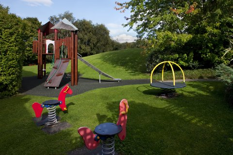 Holiday Inn GLOUCESTER - CHELTENHAM - Children s recreation and play area